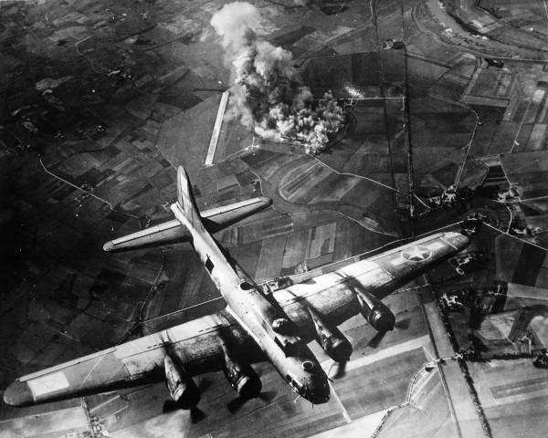 Стратегические бомбардировки. Дубина глобальной войны