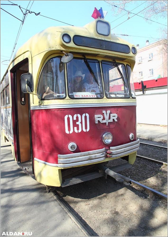 tramvai_Volodi_Okulova150426_MG_9805web