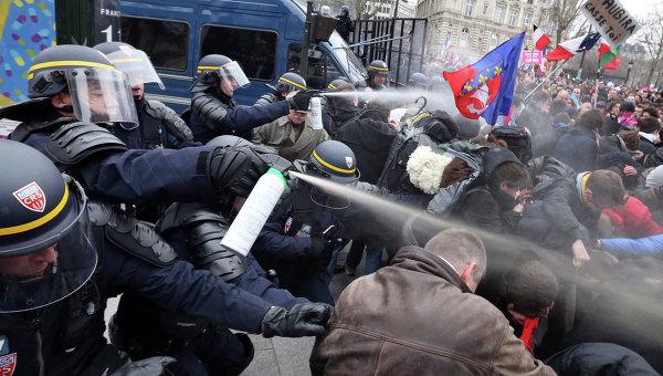 В КГГА хотят запретить проводить на Крещатике выставку рисунков в День Европы - Цензор.НЕТ 4855