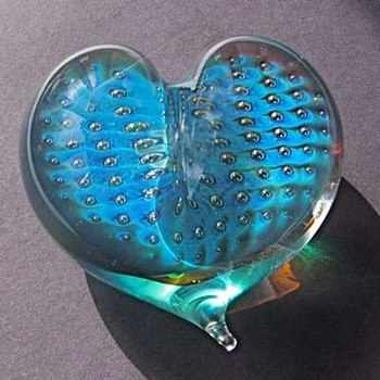 heart-teal-bubble