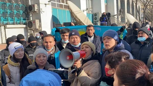 «Протестуй не протестуй»: протестное воскресенье – Беларусь, Киргизия,