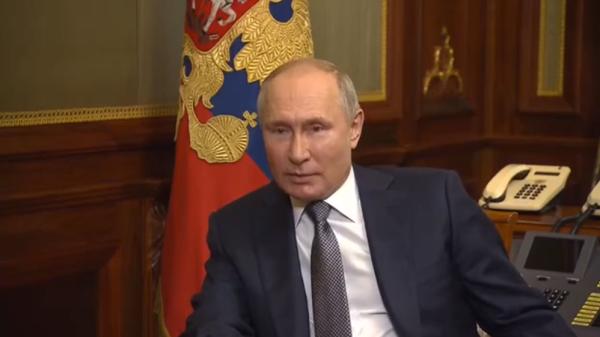 Как Россия видит будущий союз: Пояснения Путина к статье Путина интересней
