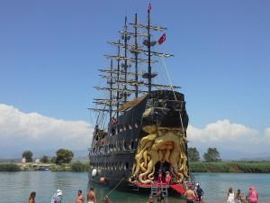 пираты корабль весь