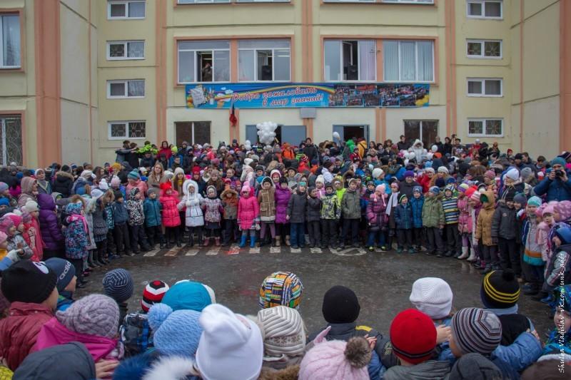 Церемония Памяти в челябинской школе №153
