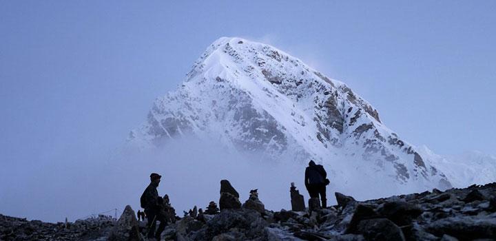 Картинка Покорить Эверест и умереть