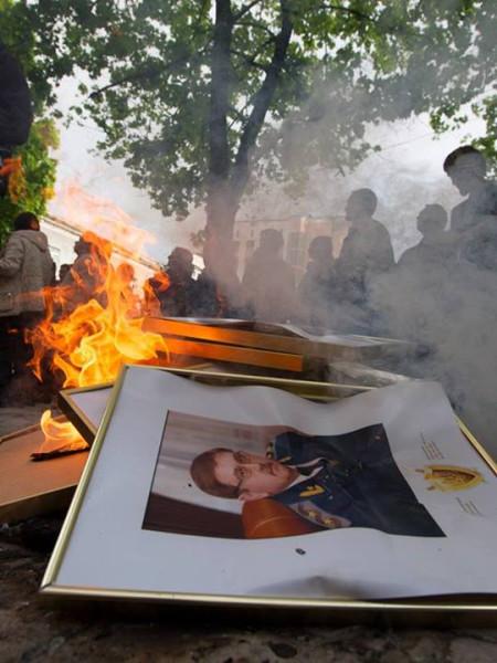 19 сожжение партретов прокуроров
