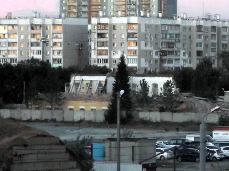 Резные памятники Улица Скобелевская Эконом памятник с резным крестиком в углу Петровск-Забайкальский