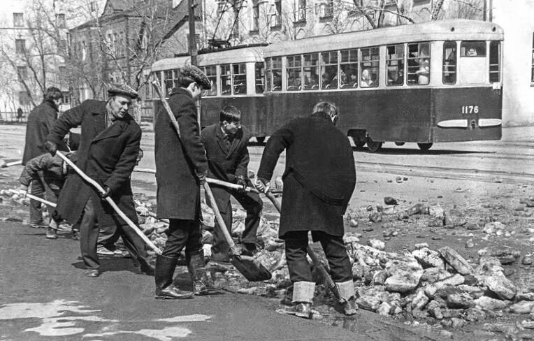 1978 год. Фотография из альбома группы «Челябинская старина» (социальная сеть «Одноклассники»)