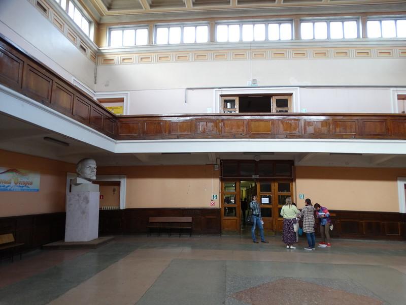 Квадратный холл. Август 2016 г. Фото Ю. Латышева