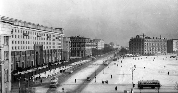 Начало 1950-х годов. Источник: http://fotki.yandex.ru/next/users/ssgen/album/150305/view/747546?page=19