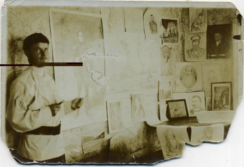 Вандышев И.Л. за работой, пишет портрет офицера царской армии 1912