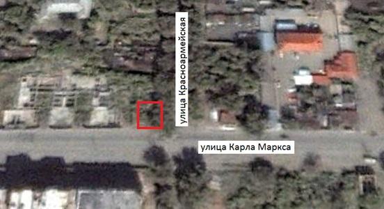 Место, где находился снесённый дом (ул. Карла Маркса, 30, г. Челябинск). Спутниковый снимок 6 октября 2000 г.