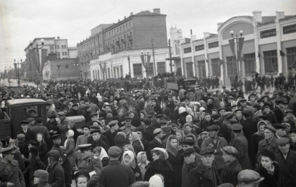 1948 год. Источник: http://chelchel-ru.livejournal.com/1075251.html#cutid1