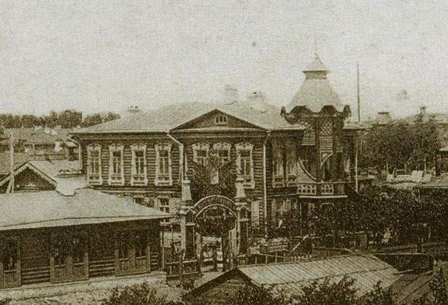 Фрагмент открытки до 1917 г. Источник: Старый Челябинск в открытках и фотографиях. Ч.: Каменный пояс, 2008