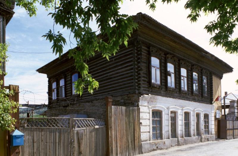2003 год. Ленина 9 (11). Фото Уильяма Брумфилда.
