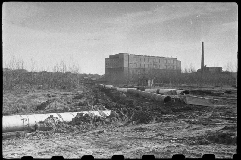 Начало улицы Работниц. Берег реки Миасс. 1965 год