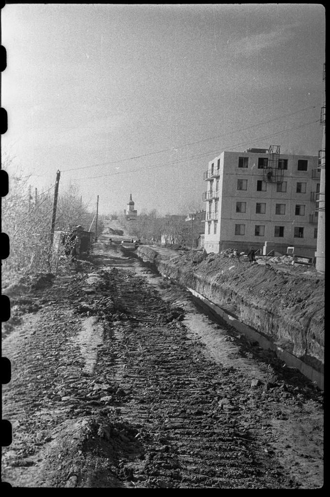 1965 год. Улица Работниц. Вид на запад.