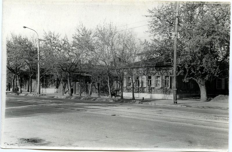 1969 год. Угол ул. Кирова и ул. Работниц. Из фонда краеведческого музея