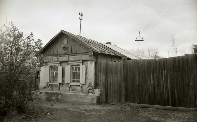 Ул. Работниц, 120