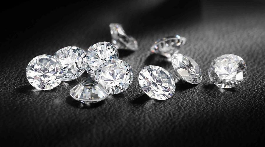 бриллиант оказался фианитом