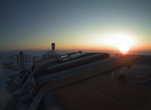 тестовый телескоп встречает свой первый восход в Арктике