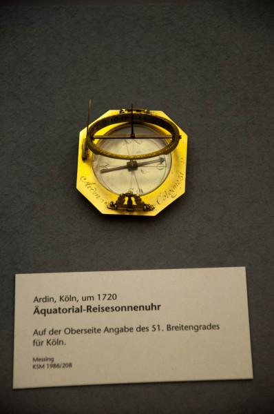 Часы-0962