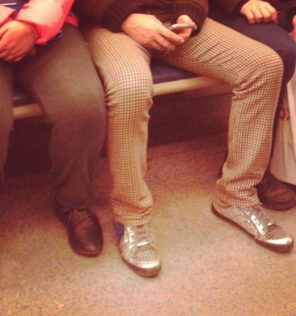 modniki-v-metro-0-003