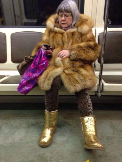 modniki-v-metro-0-005
