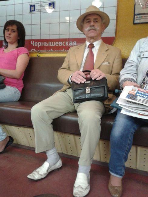 modniki-v-metro-0-017