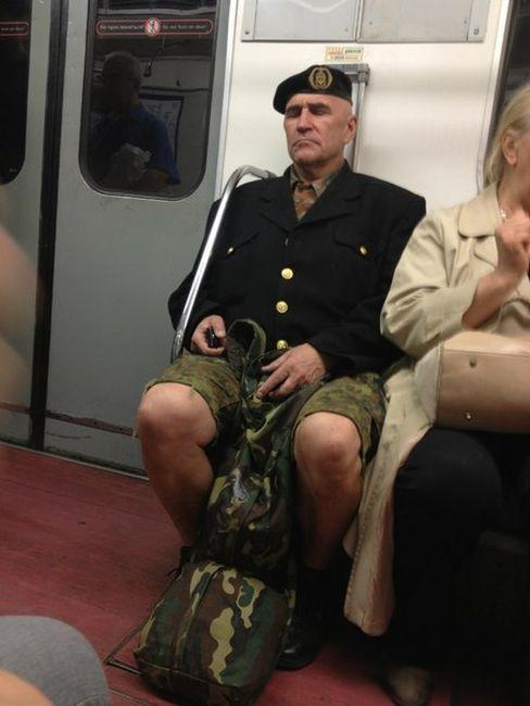 modniki-v-metro-0-029