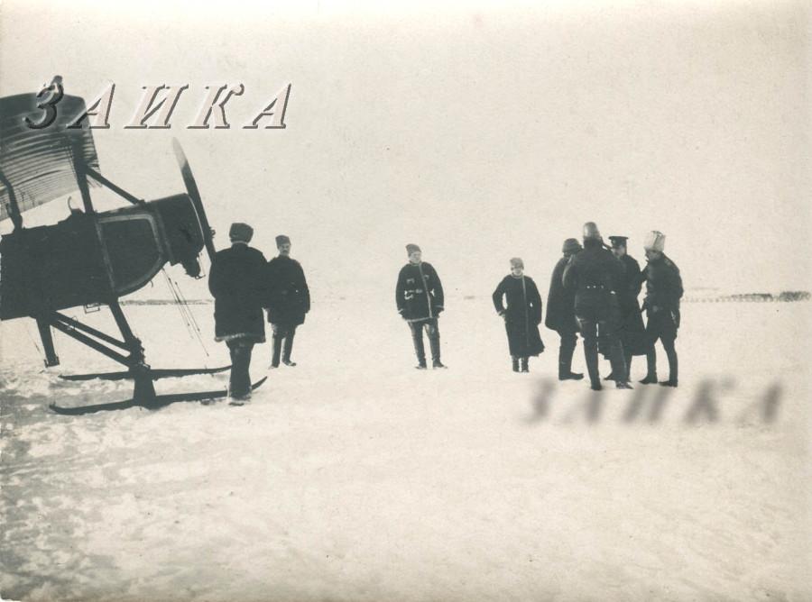 Моран Парасоль  на лыжах копия.jpg