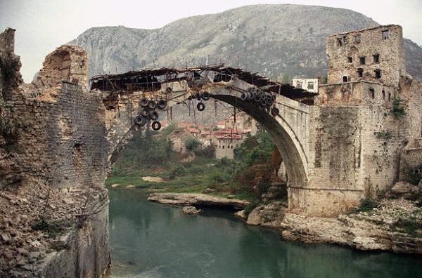 http://ic.pics.livejournal.com/zajaryan/45450977/3418/3418_600.jpg