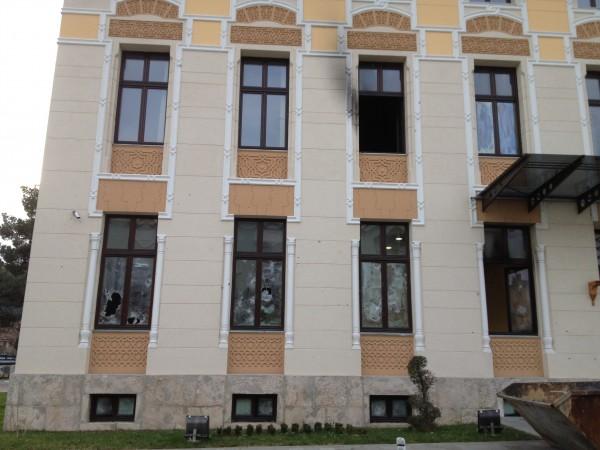 http://ic.pics.livejournal.com/zajaryan/45450977/5420/5420_600.jpg