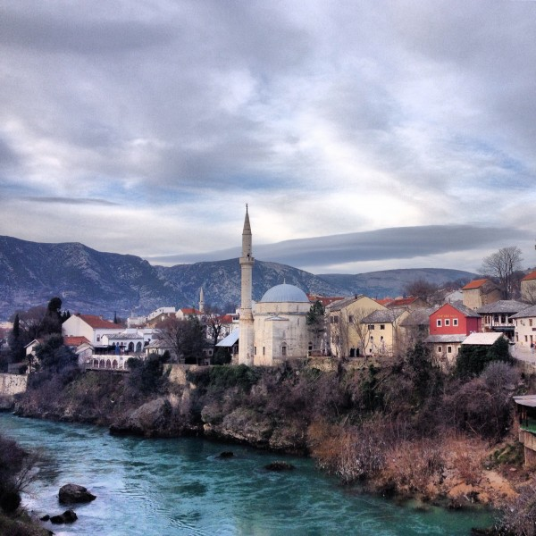 http://ic.pics.livejournal.com/zajaryan/45450977/6923/6923_600.jpg