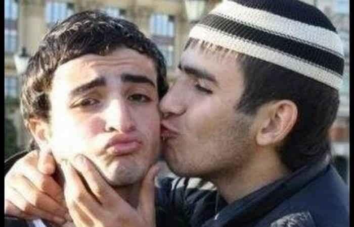Чеченские геи