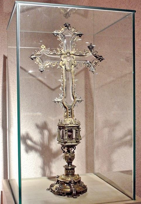 Мраморный крестик Вольск Эконом памятник Купола Галич