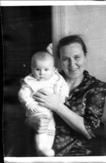 Бабушка и я. 1975.