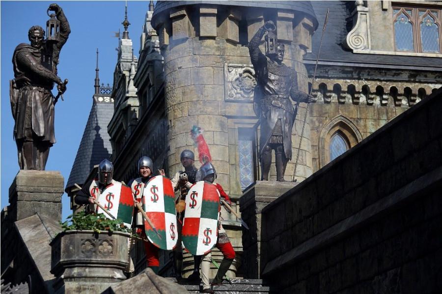 замок рыцарь воин меч оружие реконструкция средневековье