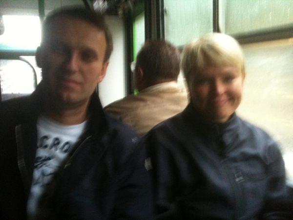 Навальный автобус