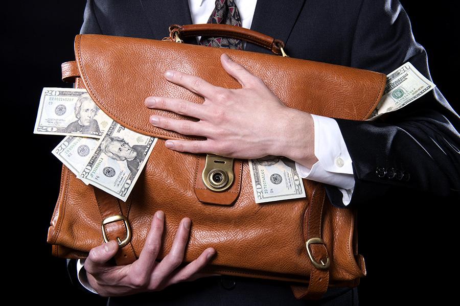 Как правительство попилило деньги в пользу адвокатов…