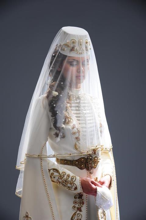 Осетинские национальные свадебные платья