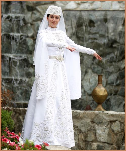 Национальное кавказское свадебное платье фото