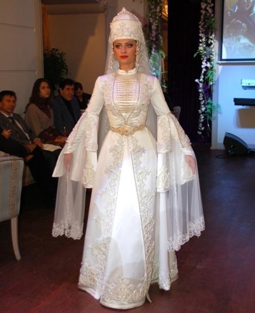 Карачаевская свадебное платье