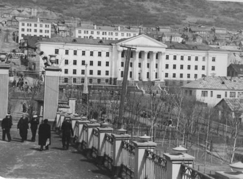 54 Здание обкома КПСС,1957г