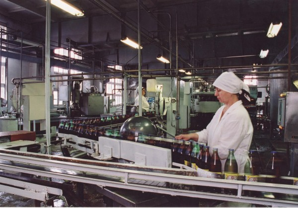 62 Завод Камчатское пиво. Цех розлива