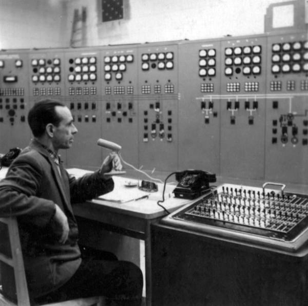 1 23 декабря 1961 пуск первого агрегата.  Дежурный инженер Сергей Челышев