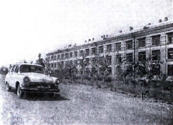 2 1970-е годы Кизеловская швейная фабрика