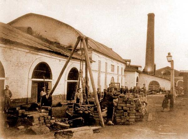 2 Рабочие Добрянского завода. Конец 19 в.