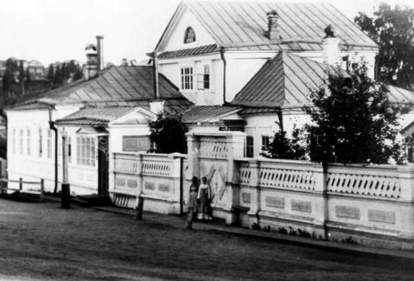 4 Дом управляющего Добрянского завода 1880-е. годы