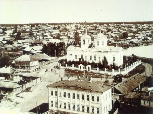 5 Здание заводоуправления Добрянского завода